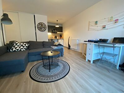 Appartement T2- Cours Chazelle- 45m2- Parking sous terrain