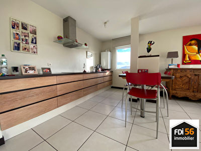 LORIENT - KERFICHANT - APPARTEMENT T3 AVEC TERRASSE ET PARKING